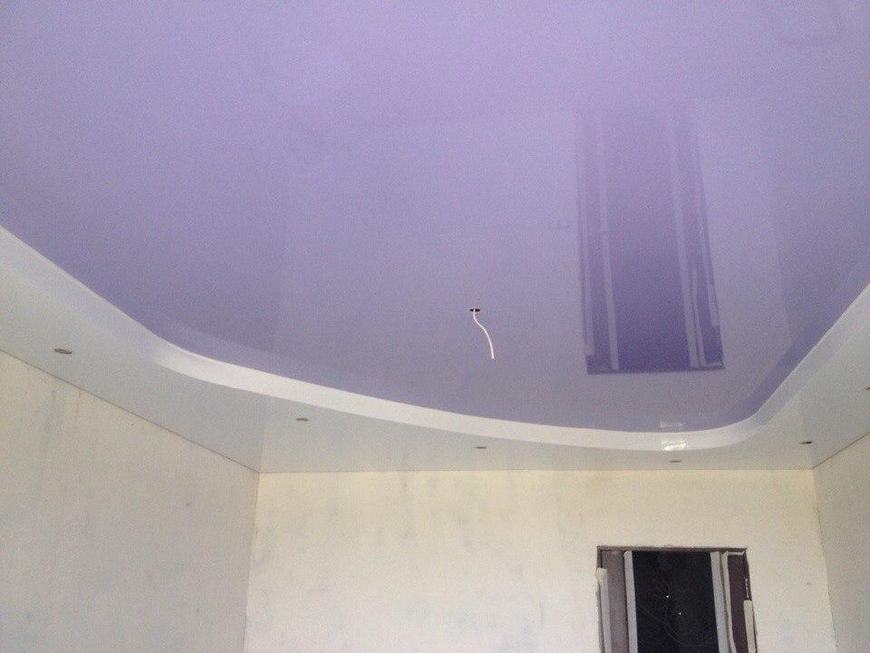 Фиолетовый двухуровневый потолок в Воронеже — Атмосфера